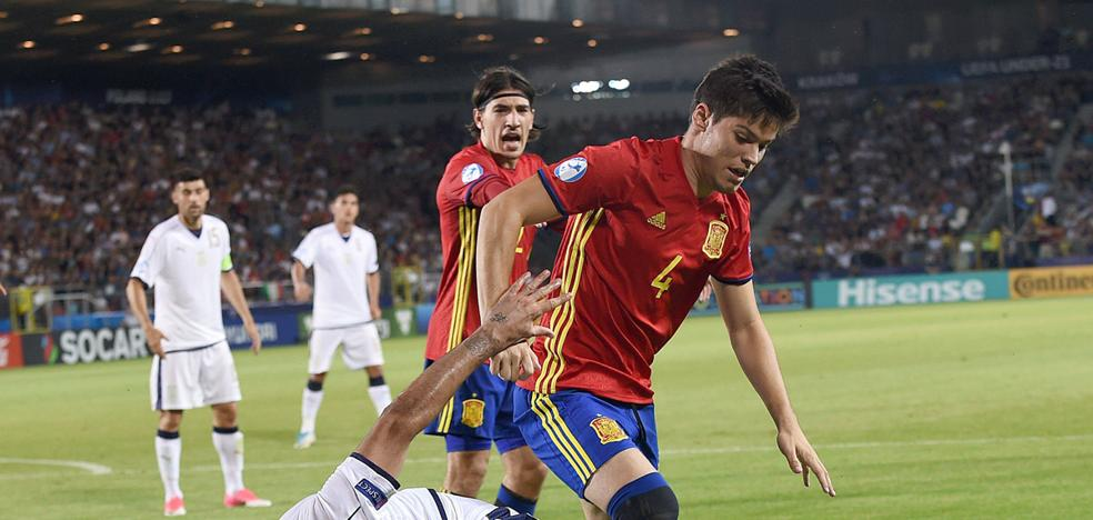 Meré evita anunciar su llegada al Málaga