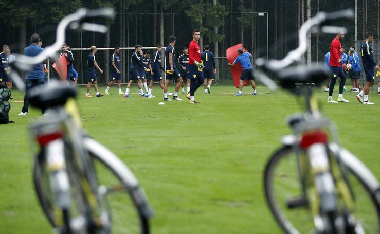 El Málaga ya se entrena en Holanda