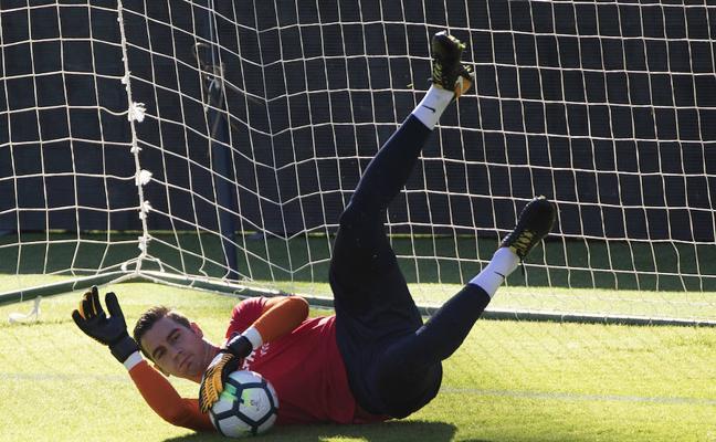Andrés ocupará la portería en lugar del lesionado Roberto