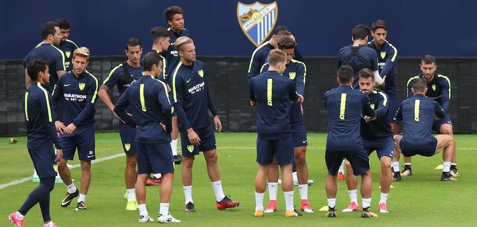 El Málaga viaja a Barcelona el mismo día del partido