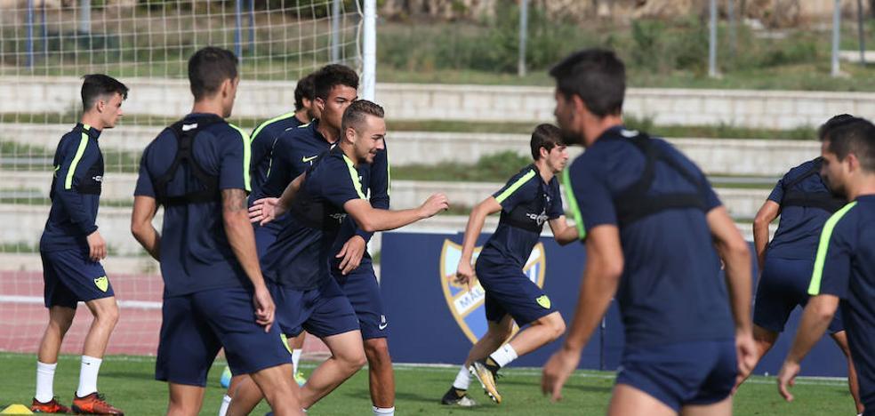 Diego González trabaja con el grupo y Torres lo hace al margen