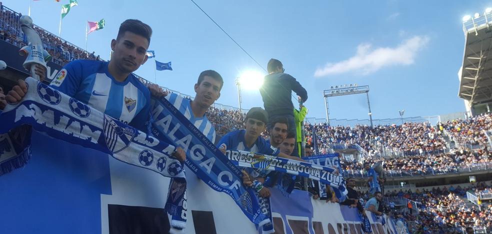 Bufandas del Málaga para ganar al Deportivo