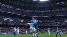 El Málaga, indignado con el criterio arbitral en el Bernabéu