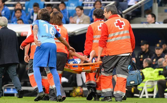 Juan Carlos, con rotura de ligamento en una rodilla