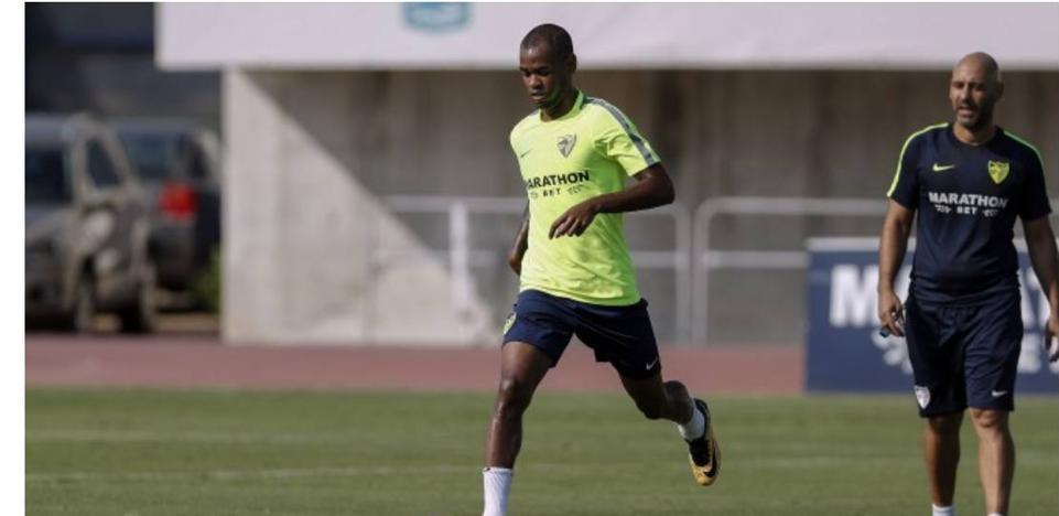 El Málaga, en alerta ante una posible lesión grave de Rolan