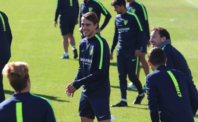 El Málaga ya dobla la defensa