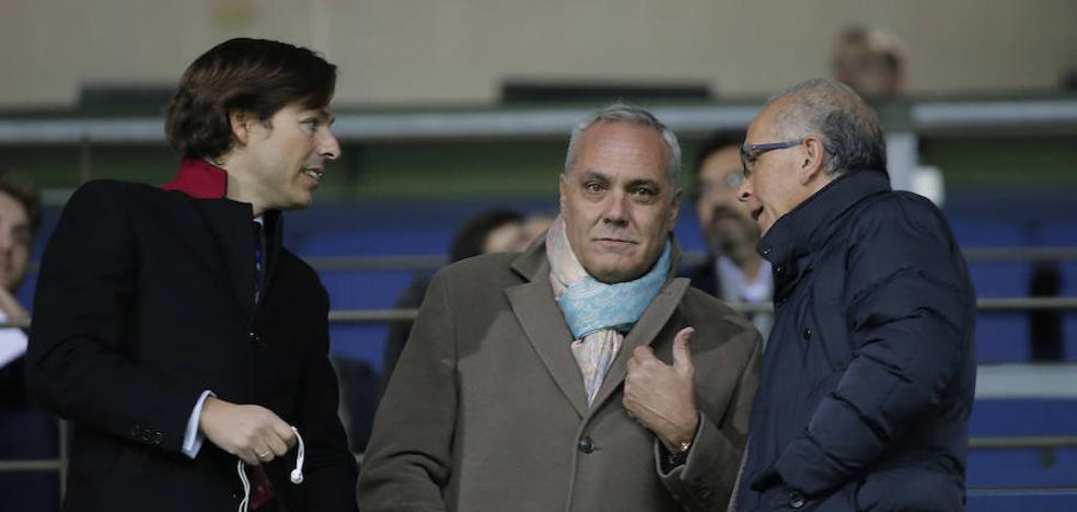 El Málaga cambia sus objetivos y prevé incorporar a dos medios centro