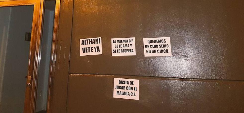 Aparecen carteles en La Rosaleda contra el jeque