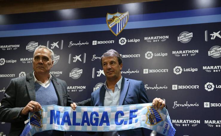 Fotos de la presentación de José González como nuevo entrenador del Málaga y de su primer entrenamiento