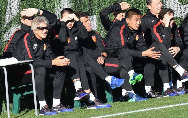 Pellegrini tropieza contra un combinado juvenil del Málaga
