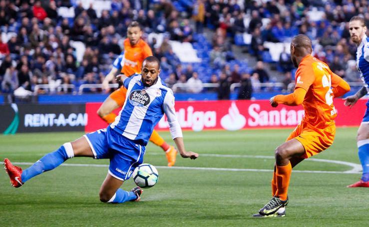 El Málaga pierde ante el Deportivo en Riazor