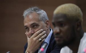 El Málaga desaprovecha su ventaja al demorar sus principales decisiones