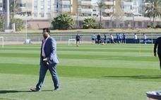 Al-Thani encarga a los consejeros buscar con urgencia a un director deportivo y un técnico para el Málaga