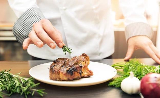 invasiÓn gourmet malaga en la mesa diario sur