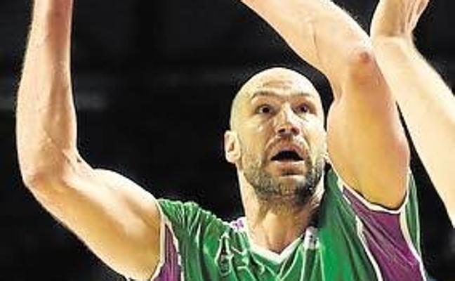 Augustine estará contra el CSKA