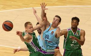 Directo | El Unicaja gana de 8 al Barcelona al término del tercer cuarto