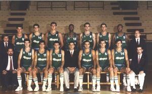 El Unicaja homenajeará al equipo de Maristas que ascendió a la ACB