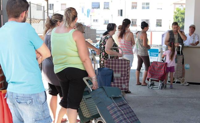 La ONG malagueña OSAH atiende a más de 750 familias que vive con 360 euros de media al mes
