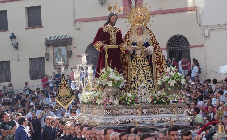 Cinco traslados y una procesión hacen un sábado cofrade