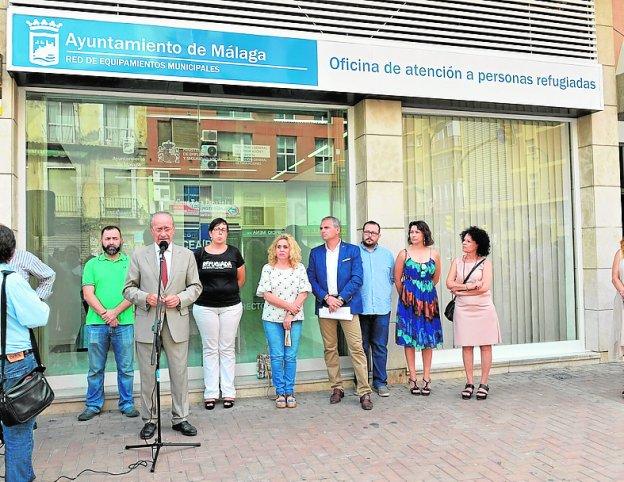 M laga se compromete a elaborar un plan municipal de for Oficinas de correos en malaga capital
