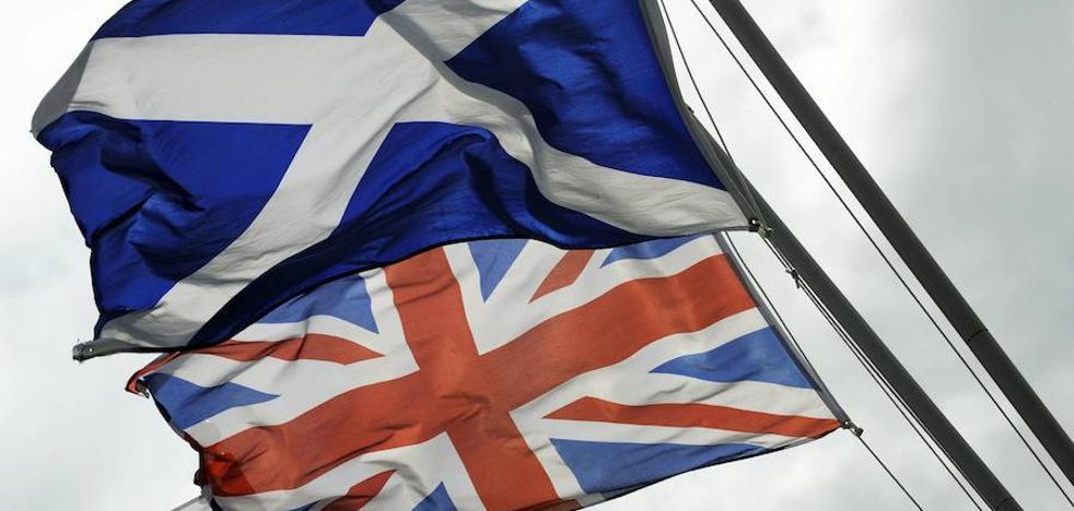 El Gobierno escocés pospone el referéndum de independencia hasta después del 'Brexit'
