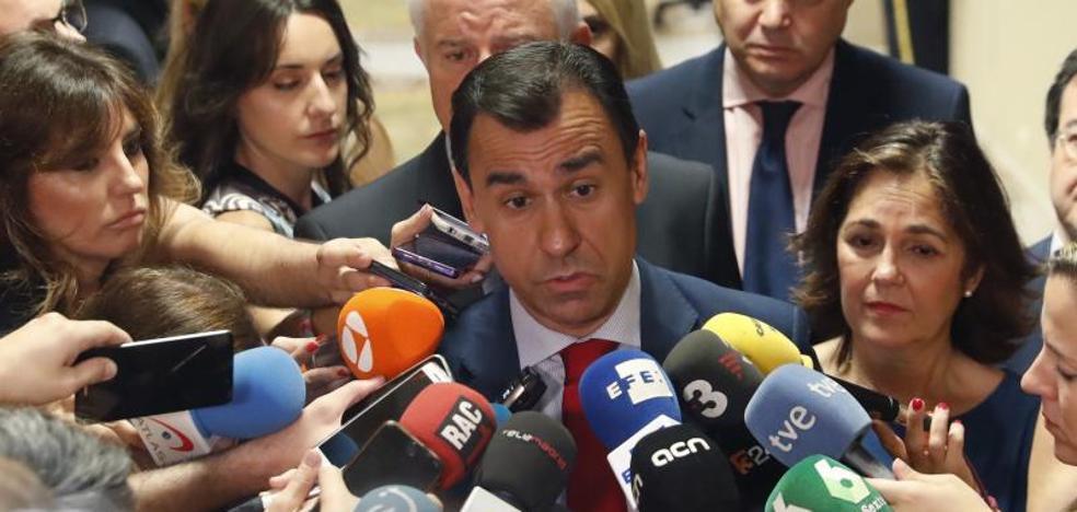 Maíllo: «Nos gustaría hablar con el PSOE pero está echado al monte y podemizado»