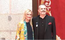 Miguel Bosé recibe la Medalla de las Artes de Madrid