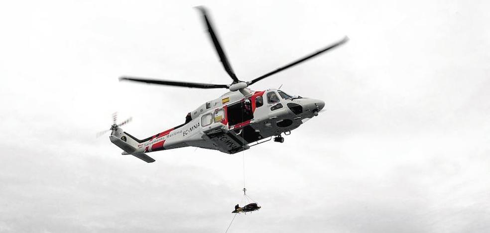 Buscan a 49 personas desaparecidas tras el naufragio de una patera en Alborán