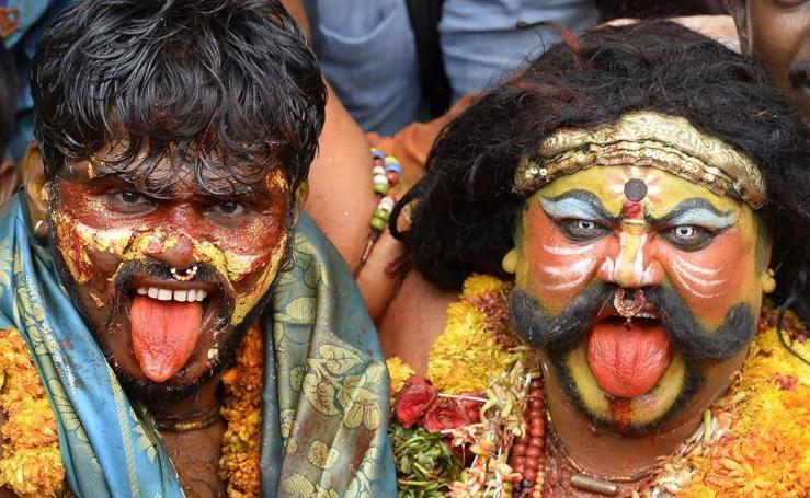 El Festival 'Bonalu', una ofrenda a la diosa Mahakali en la India