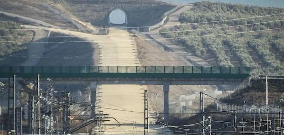 La encrucijada del AVE entre Málaga y Sevilla