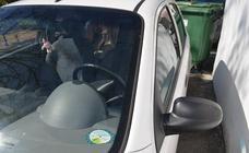 Parkings y zona azul, soluciones caras e insuficientes