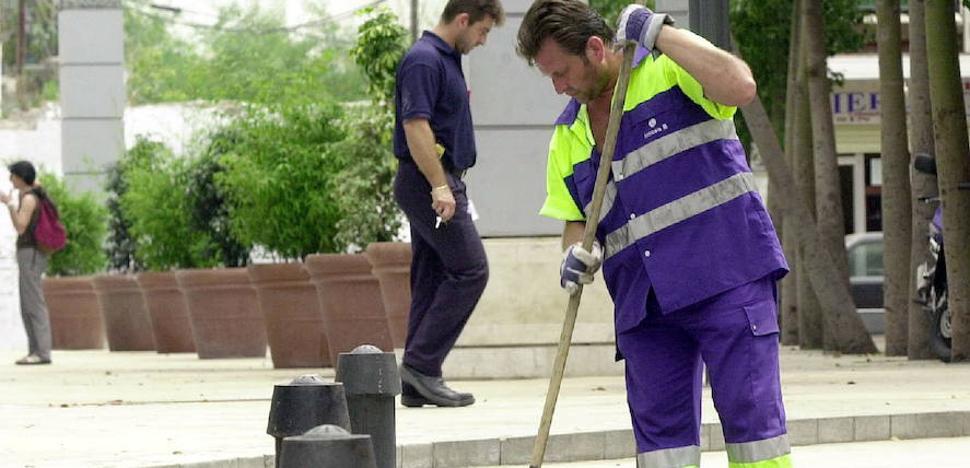 El Ayuntamiento paga la productividad a los trabajadores de Limasa