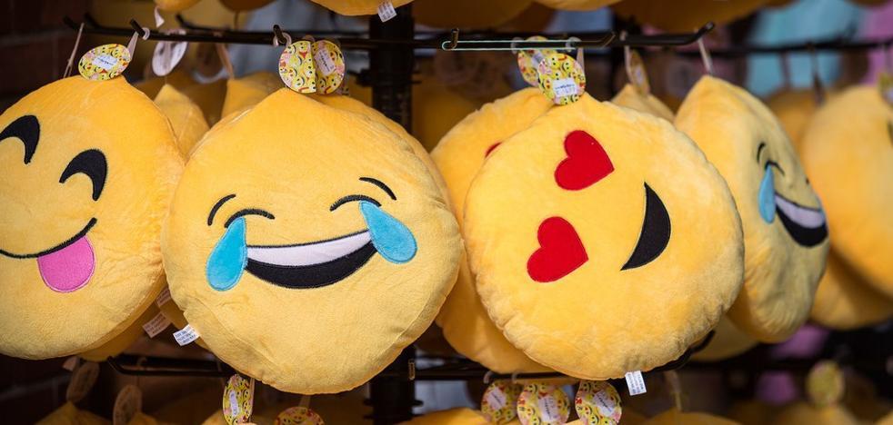 Celebra el Día Internacional del Emoji repasando algunas de sus curiosidades