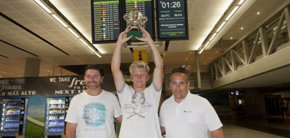 Davidovich ya descansa en Málaga tras su gesta