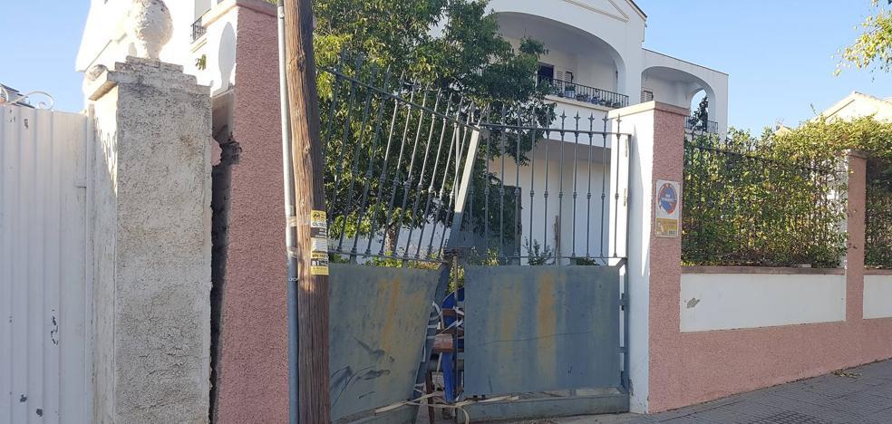 Detenido por atropellar adrede a un vecino y arrollar en la huida a dos motoristas en Puerto de la Torre