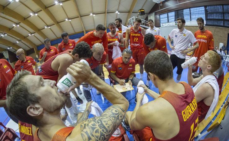 Las imágenes del España-Israel de baloncesto en Benahavís