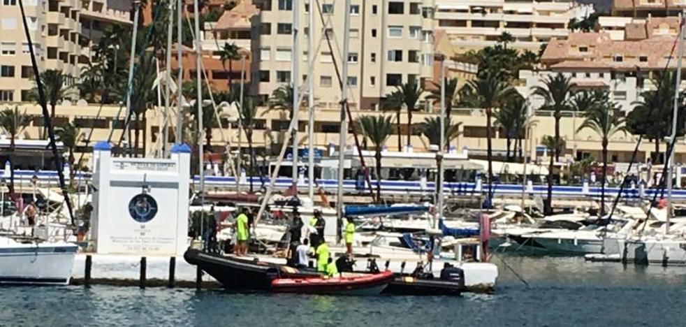 Hallan el cuerpo sin vida de una mujer en el Puerto Pesquero de Estepona