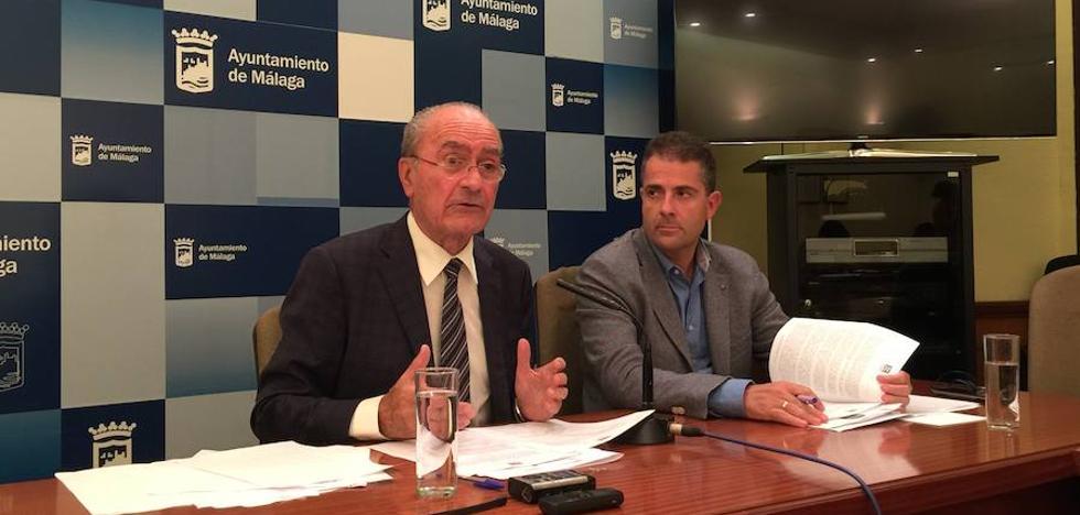 El alcalde pospone a septiembre el futuro de Limasa