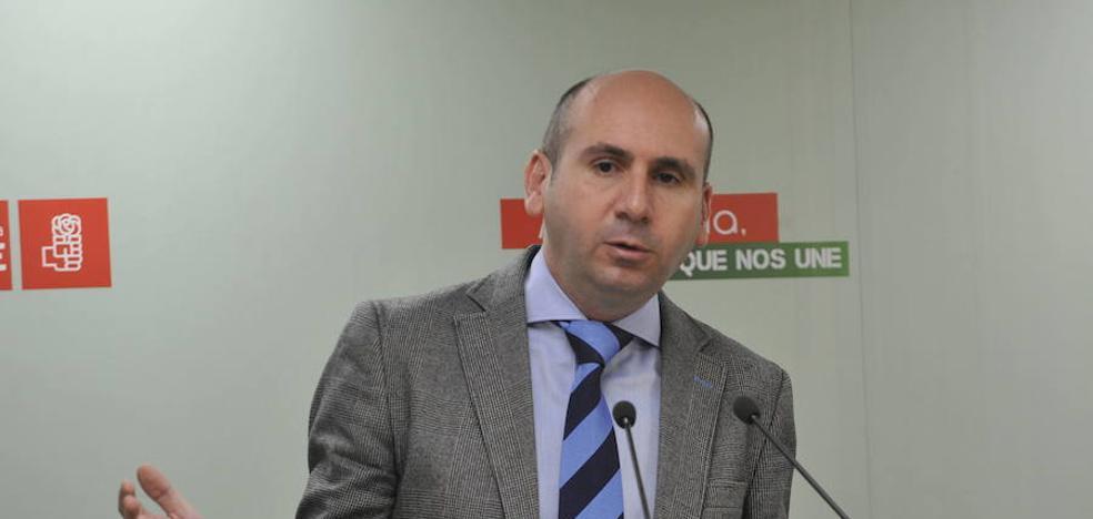 """El PSOE-A reclama a Nozal que dimita y a Bendodo y Moreno que """"no miren para otro lado"""""""