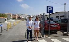 Torrox habilita un millar de plazas de aparcamiento gratis en la costa en verano