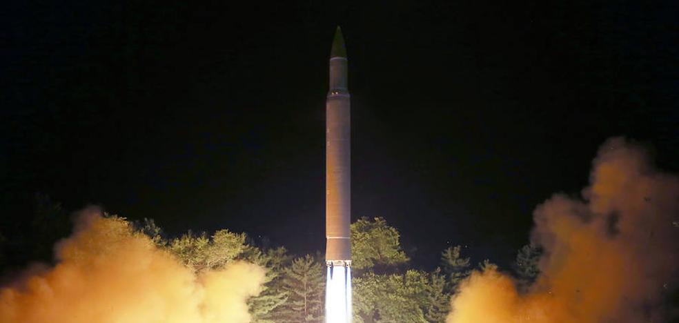 Corea del Norte amenaza con lanzar misiles cerca de la isla norteamericana de Guam