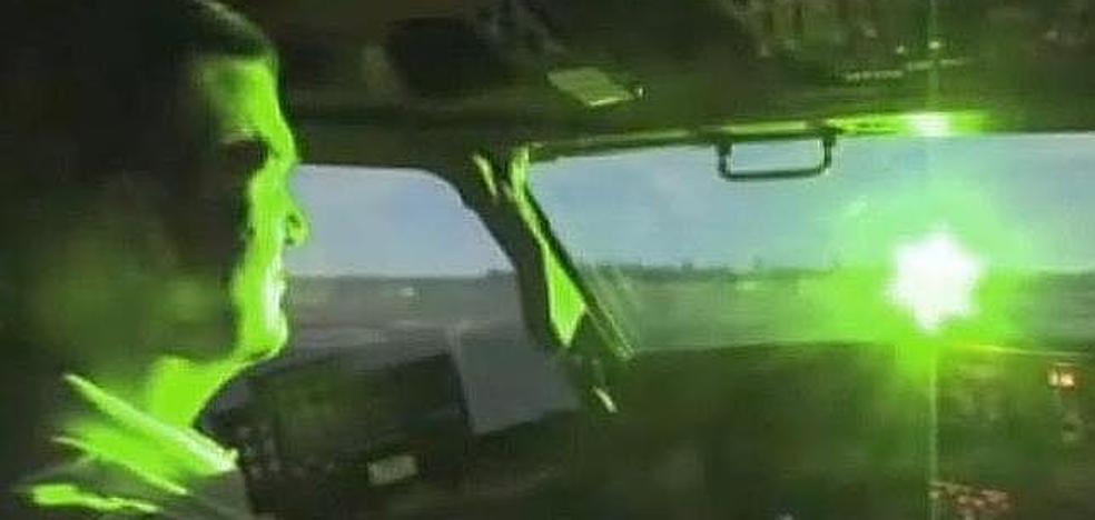 Nuevo deslumbramiento de un avión con un puntero láser desde la zona de Campanillas