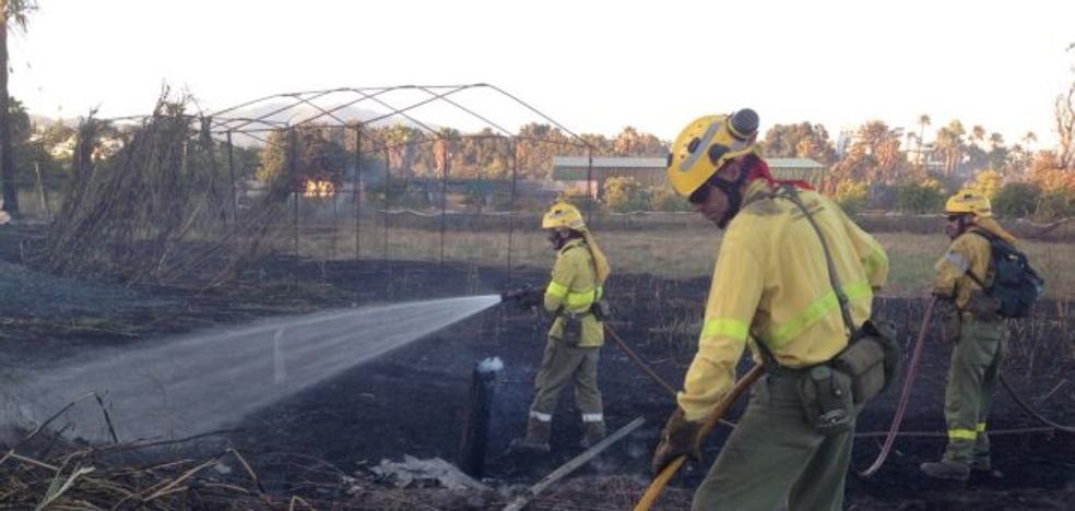 El Sindicato de Bomberos denuncia falta de efectivos tras el incendio del Velerín de Estepona