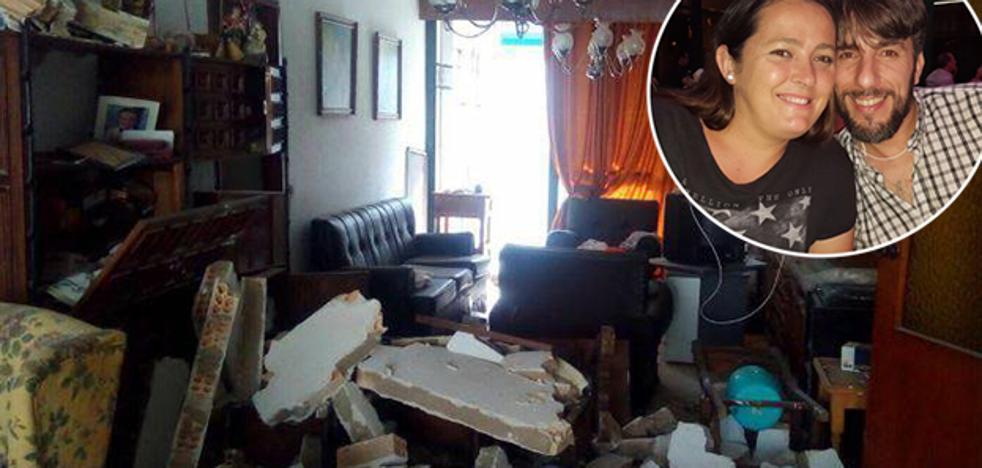 El Carnaval de Málaga se vuelca con la familia que perdió su casa por una explosión de gas
