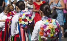 Una romería a la Victoria llena de emociones y calor en la Feria de Málaga