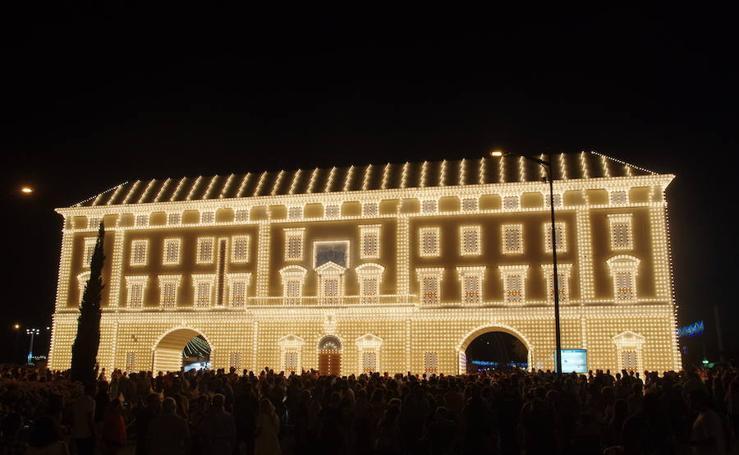 El encendido inaugura la Feria de Noche