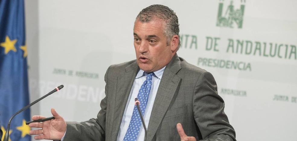 Marbella volverá a la «época oscura» si se consuma la moción de censura, según la Junta