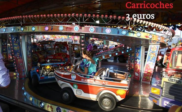 Estos son los precios de los cacharritos de la Feria de Málaga