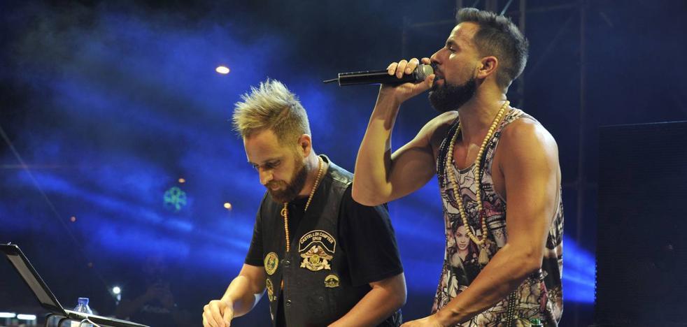 Música electrónica y reggaeton para inagurar la Explanada de la Juventud de la Feria de Málaga