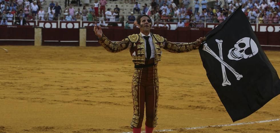 Padilla corta una oreja en su reencuentro con Málaga